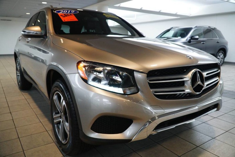 Certified Pre-Owned 2019 GLC 300